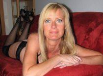 Femme blonde, 50 ans, pour une seconde jeunesse