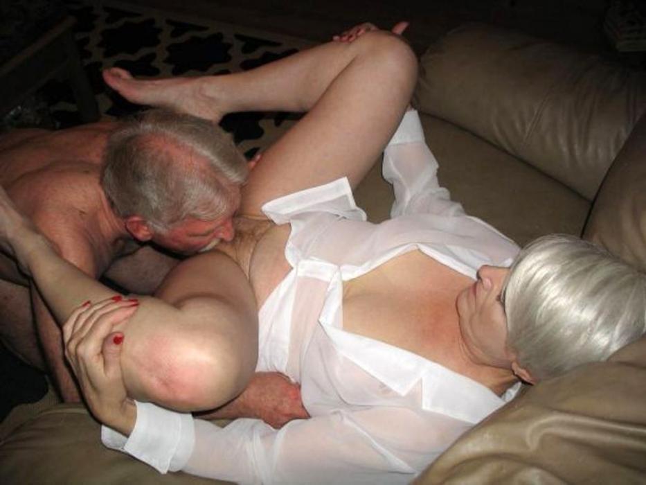 Femme mariée cherche pervers pour cunni et plus. No capote. Boussac, 23.