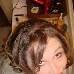 Jeune femme cherche rencontres sympa avec hommes sur Pau