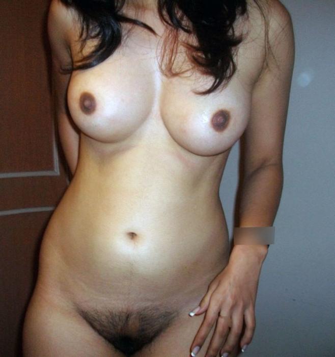 Mignonne brunette de Dreux, cherche rencontre pas sérieuses